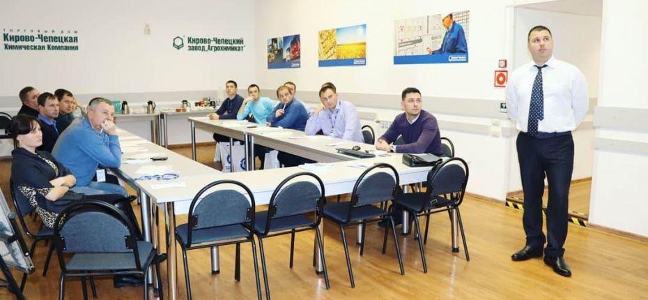 ТД КЧХК встретил гостей из Республики Мордовия. - ООО ТД Кирово-Чепецкая Химическая Компания