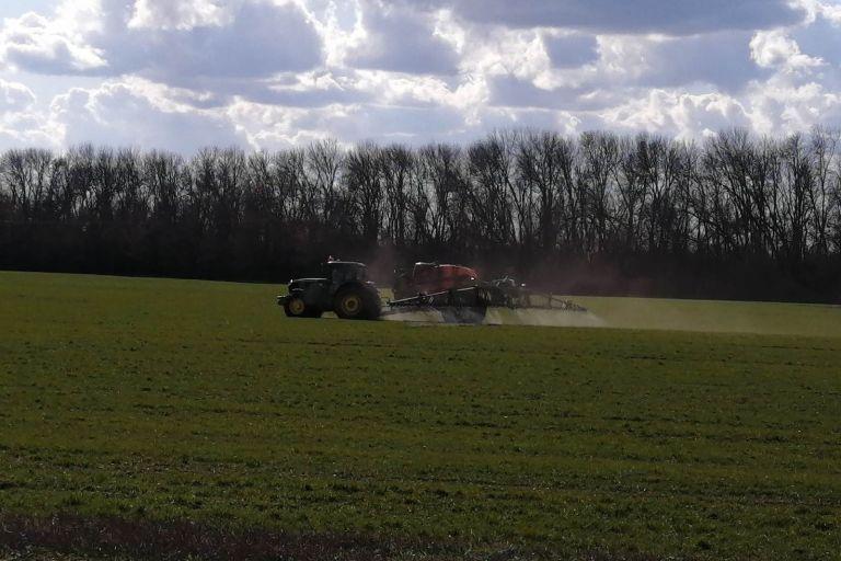 Применение КАС для подкормок озимой пшеницы