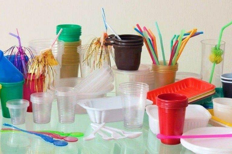 Китай запретит одноразовый пластик к концу 2020 года