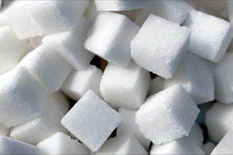 Россия начала закупки импортного сахара
